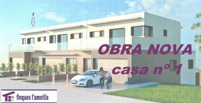 Obra nueva - torre pareada estilo moderno en l'Ametlla del Vallès (Santacreu)